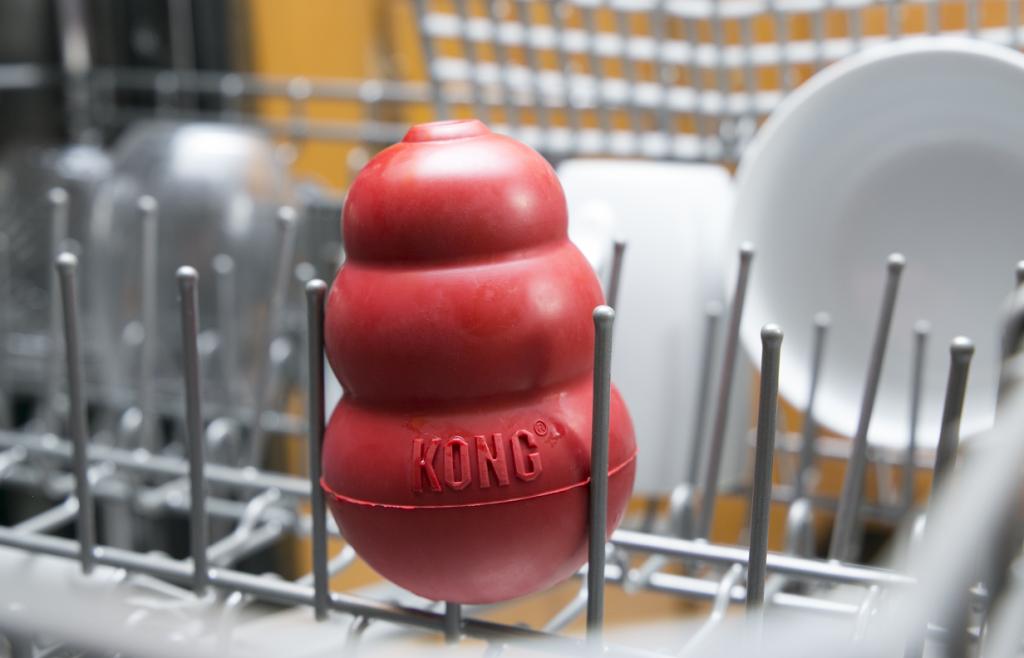 KONG in dishwasher